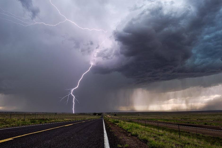 How to Plan for Natural Disasters During Data Center Design