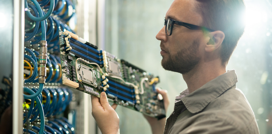 When to Upgrade Hardware in Your Colocation Facility